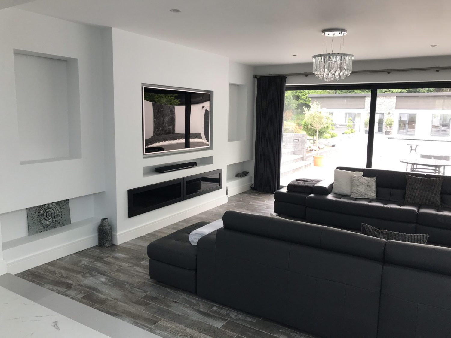 rational, tv, lounge, tv units, media, design, specialist, bespoke, client, brief